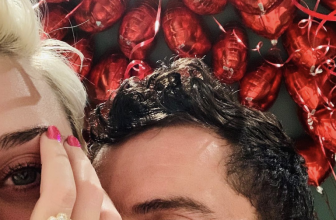Katy Perry's Engaged – Take a Closer Look at Katy Perry's Pink Diamond Cluster Ring!
